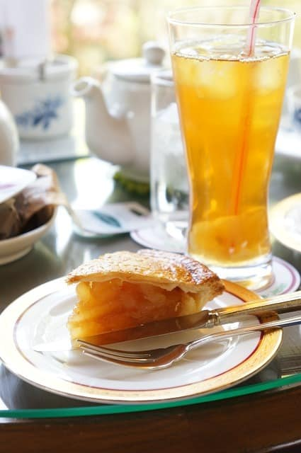 Comment préparer le thé glacée à la pomme
