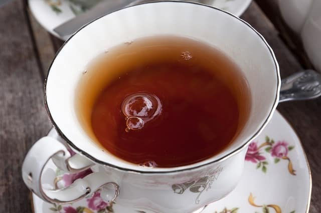 Le thé décaféiné est-il mauvais pour la santé?