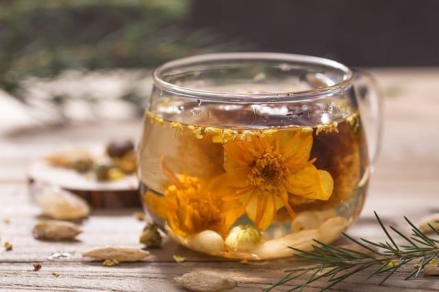 Combien de caféine contient le thé au jasmin?
