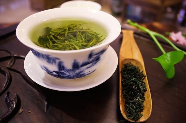 bienfaits de thé vert pour la peau