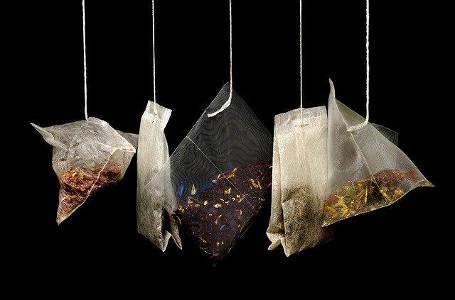 Le sachet de thé en pyramide