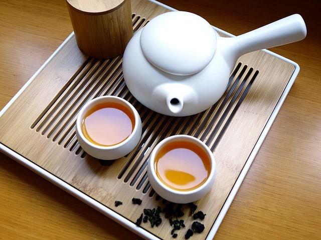 Thé Oolong à Pointe Blanche de Taiwan (Bienfaits et Préparation)