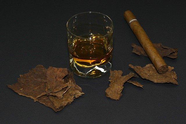 Fumer du Thé à la Menthe : Rafraîchissement Garanti