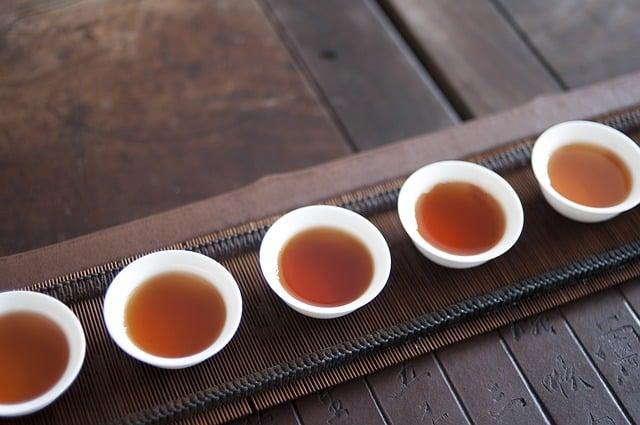 Tout Sur le Thé Japonais Fumé (Thé Noir de Shizuoka)