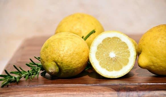 Thé Vert au Citron : Bienfaits pour la santé (selon la recherche)