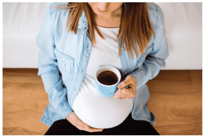 Infusion d' Hibiscus et grossesse : Ce qu'il vous faut savoir